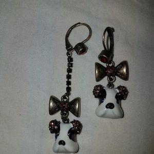 Besty Johnson hound dog earrings